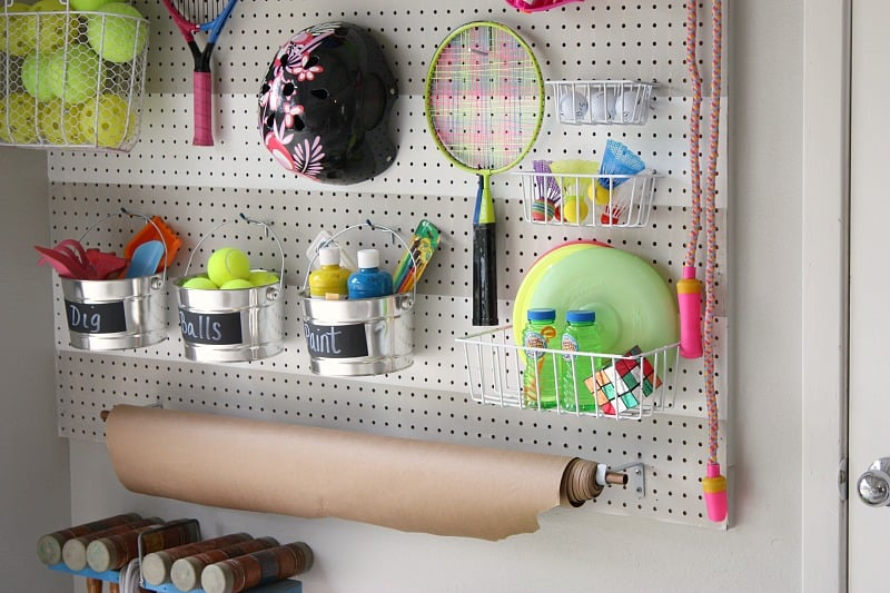 diy-garage-pegboard-outdoor-toy-storage-wall-the-creativity-exchange-scotchblue-tape2