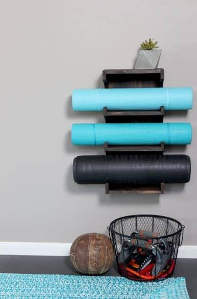 diy-yoga-mat-rack14