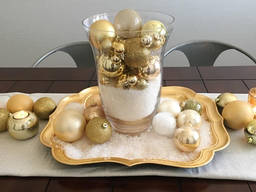3 Christmas centerpieces using ordinary ornaments