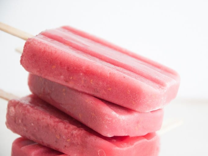 vegan raspberry popsicles