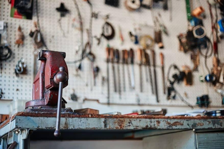 tool bench garage organization tips