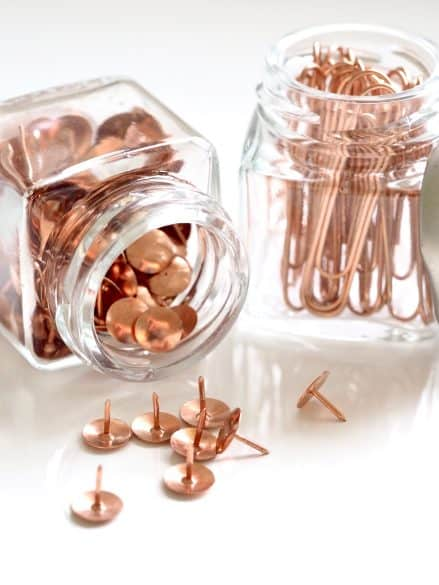 paper clips and push pins