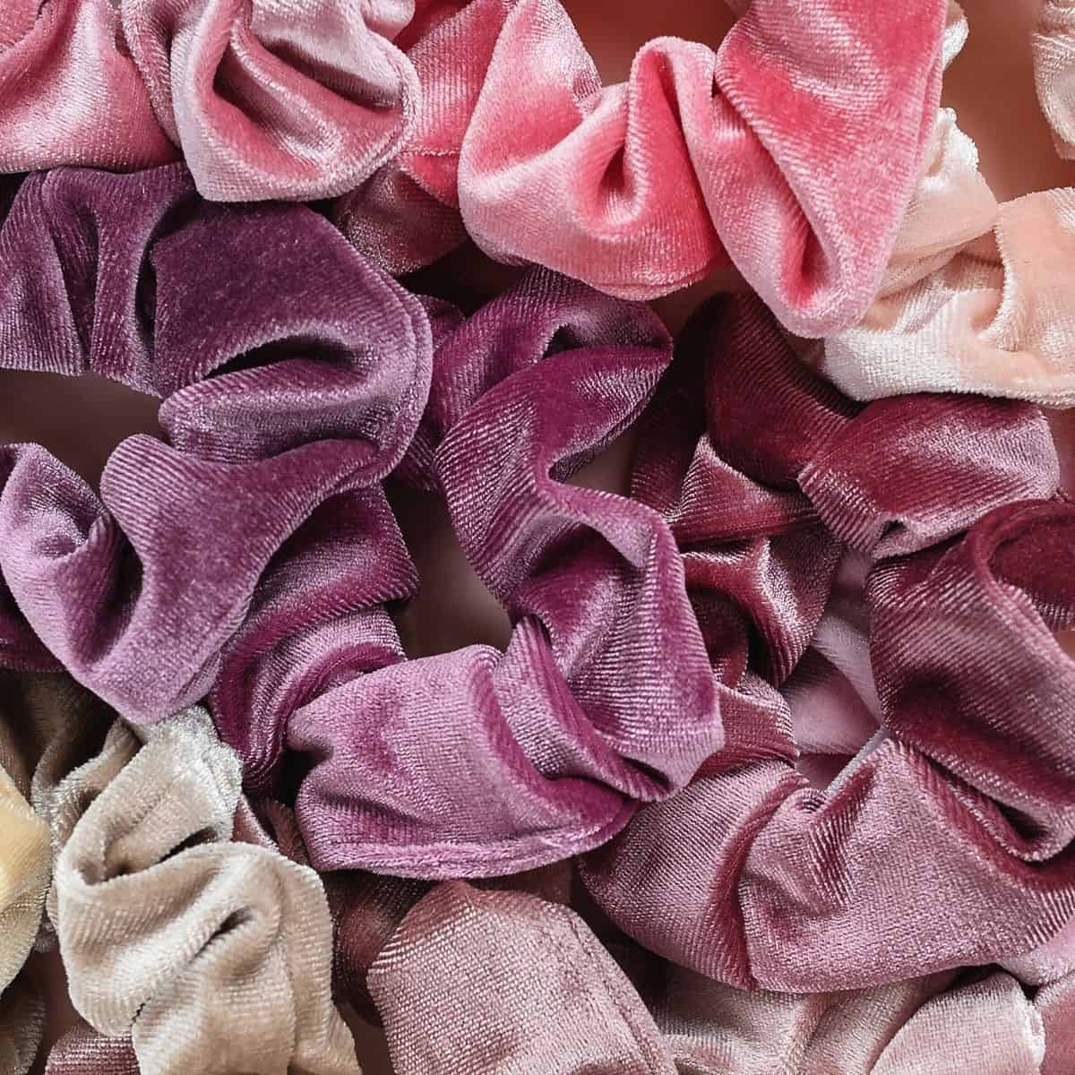 how to organize scrunchies