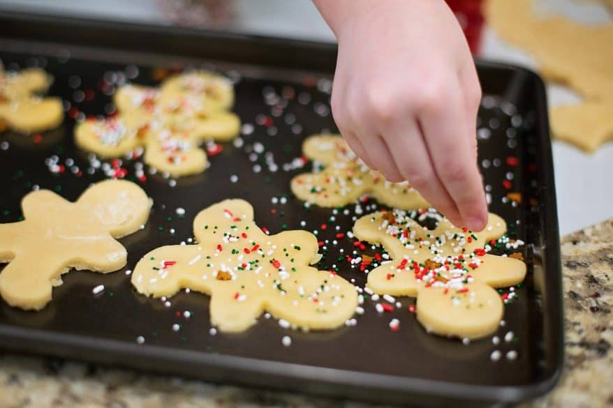 teach your kids about service Christmas cookies