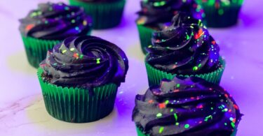 cupcakes for glow party splattered neon