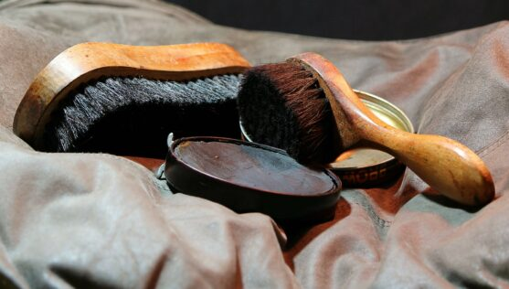 leather-polish-kit