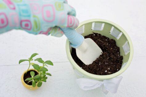 flower pot mother's day gift ideas for Grandma