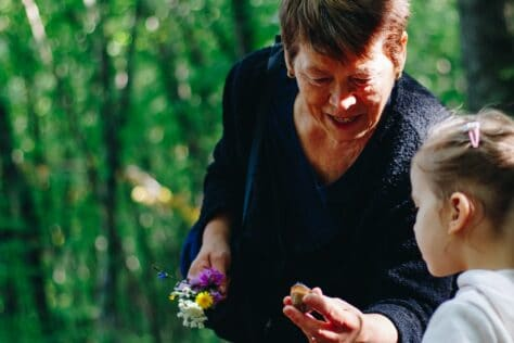 grandma with grandchild mother's day gift ideas for grandma